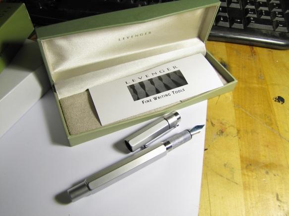 Monteverde Medium Ballpoint Soft Roll Refill for Parker Pens - Red (Pack of  2)